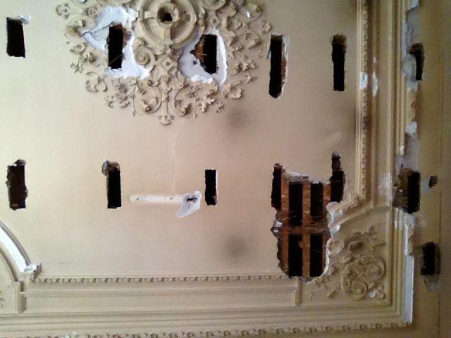 Stucwerk herstellen plafond ornamenten